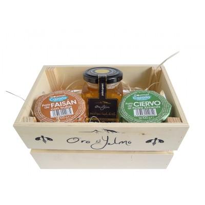 Caja con Miel Pura Oro del Yelmo y Patés de Faisán con Trufas y Ciervo al Pedro Ximénez de Gourmet Cazorla