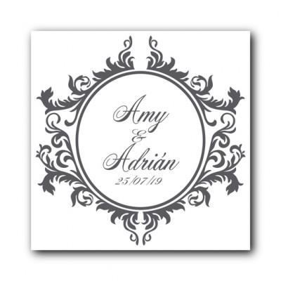 Etiqueta personalizada con nombres y fecha para celebraciones y eventos