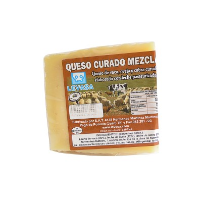 Cuña de Queso curado mezcla 300-350 g Levasa