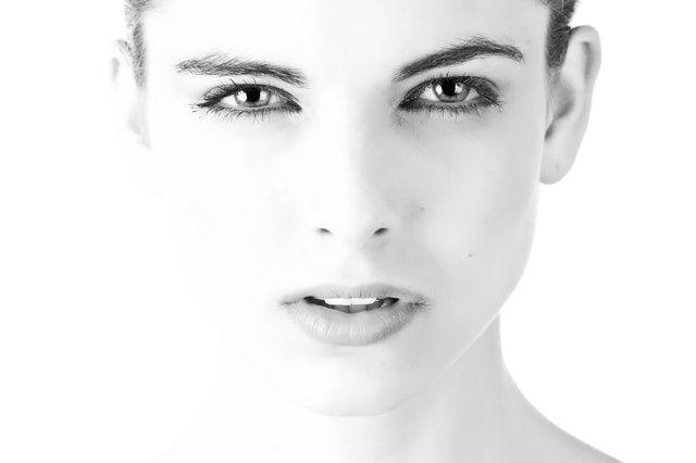 Qué es el Sérum facial y cómo aplicarlo